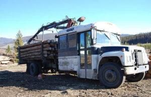 Автобус лесовоз