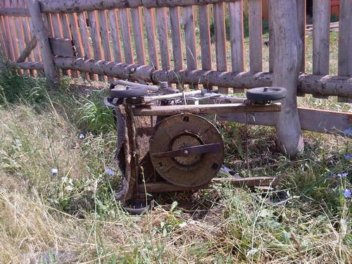 Газонокосилка из старого пылесоса