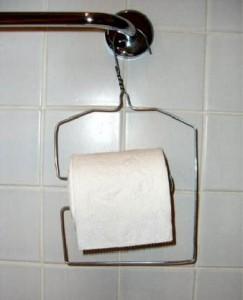 Крепление для туалетной бумаги.