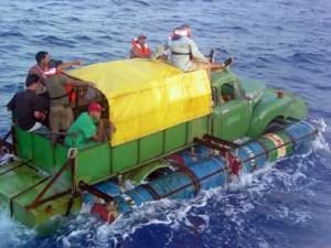 Лодка из грузовика.