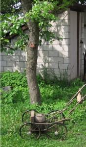 Самодельная газонокосилка.