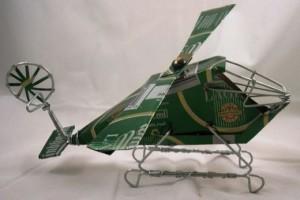 Вертолет из пивной банки.