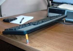 Ножки для клавиатуры.