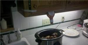 Как выдавить кетчуп из бутылки.
