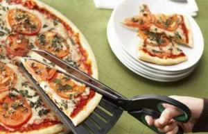 Резка пиццы.