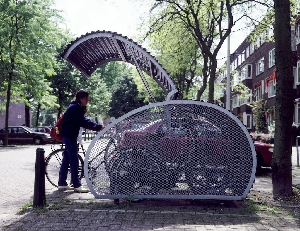 Крытые парковки для велосипедов