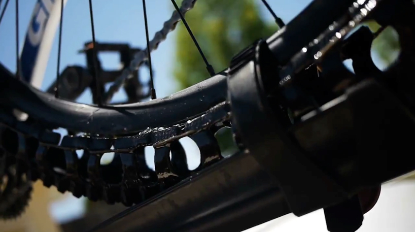 Велосипед без камер и покрышек
