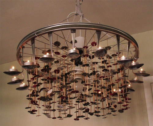 Самодельные люстры и светильники из ложек