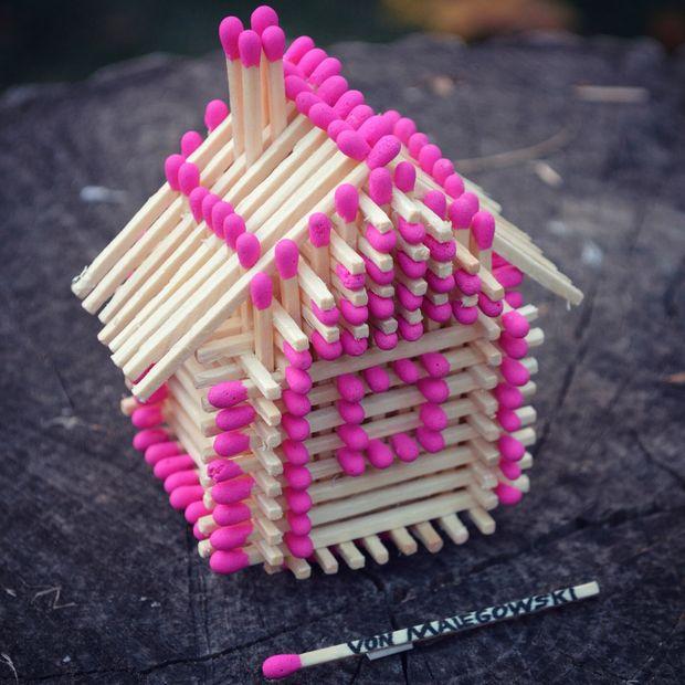 Как сделать домик из бумажных трубочек своими руками - 8c5