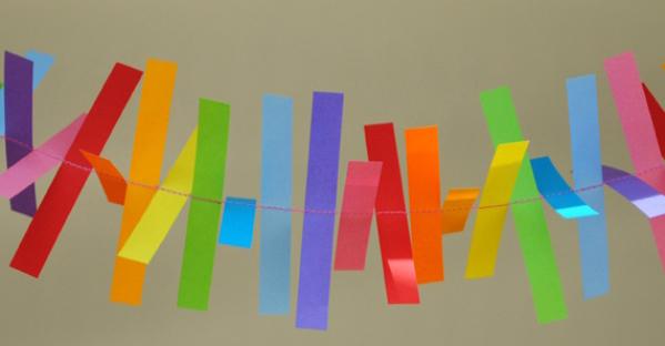 Бумажные гирлянды из полосок бумаги своими руками