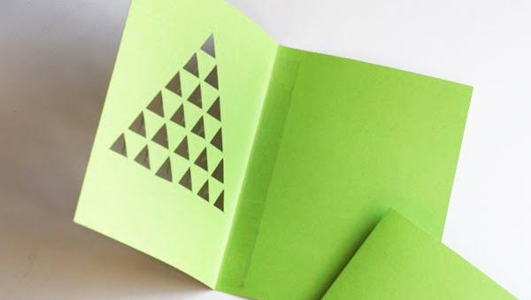 Новогодние открытки «пушистая елочка»