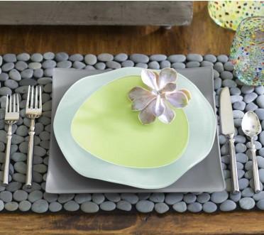 Подставки для кухни и столовой из камней
