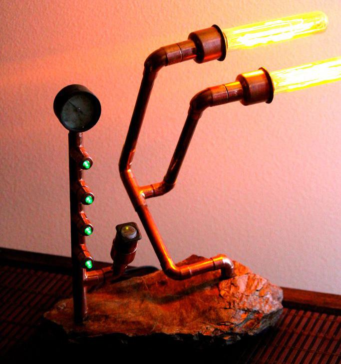 Необычный светильник в стиле стимпанк