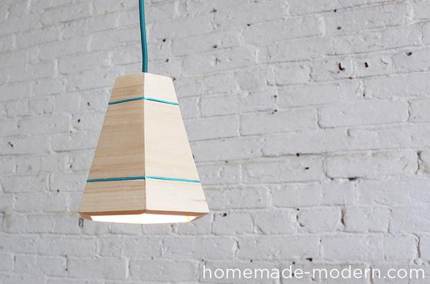 Симпатичный самодельный светильник из досок