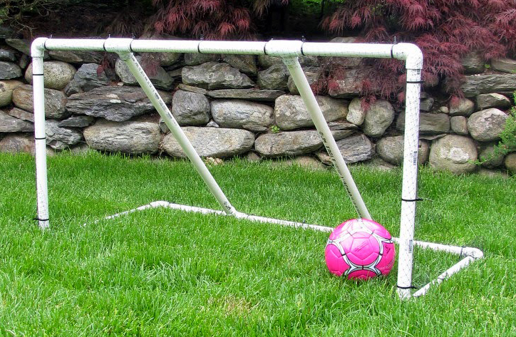 Детские футбольные ворота своими руками