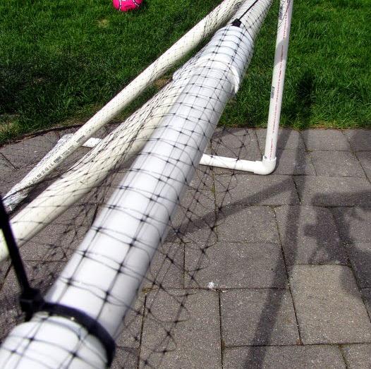 Из чего можно сделать сетку для футбольных ворот своими руками фото 222