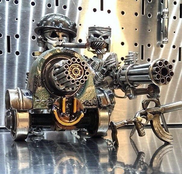 Суровые роботы из металлического хлама