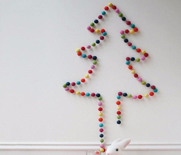 Елочка из цветных шариков
