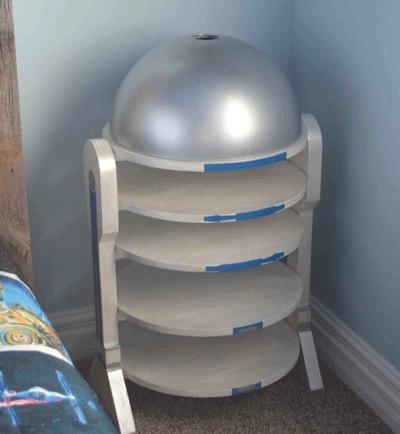 tumba-R2-D2