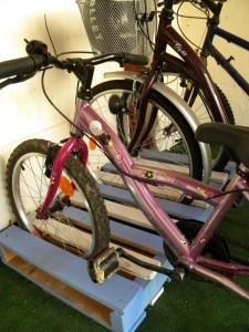 Поддоны для хранения велосипедов