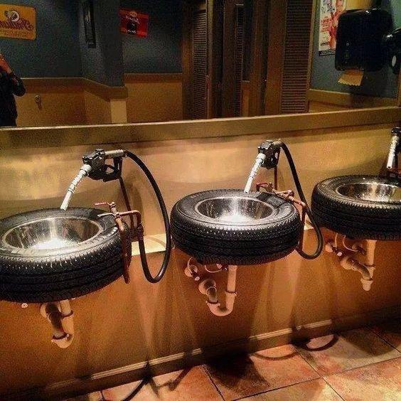 Раковины, стилизованные под автомобильные колеса