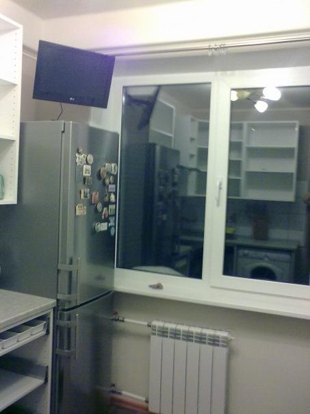Установка телевизора на холодильник