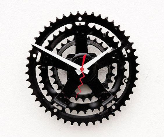 Самодельные часы из велосипедной звездочки