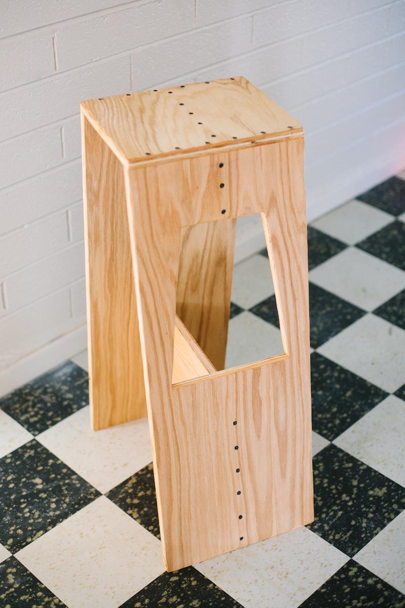 Деревянный стул для высокого стола своими руками