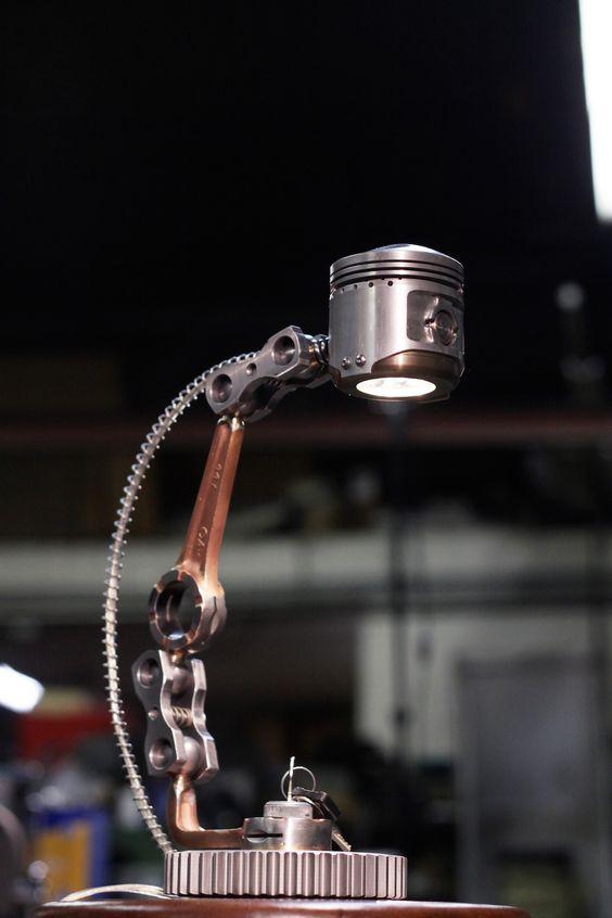 Светильники из поршня от двигателя