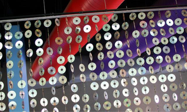 Висюльки на двери своими руками из дисков