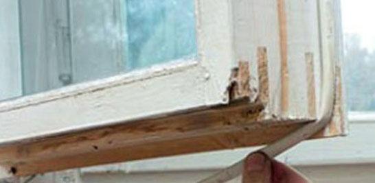 Утепление деревянных окон с помощью уплотнителя