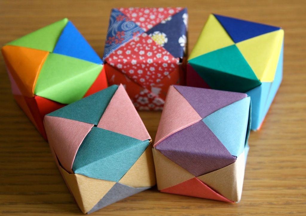 Объемный кубик из бумаги или картона